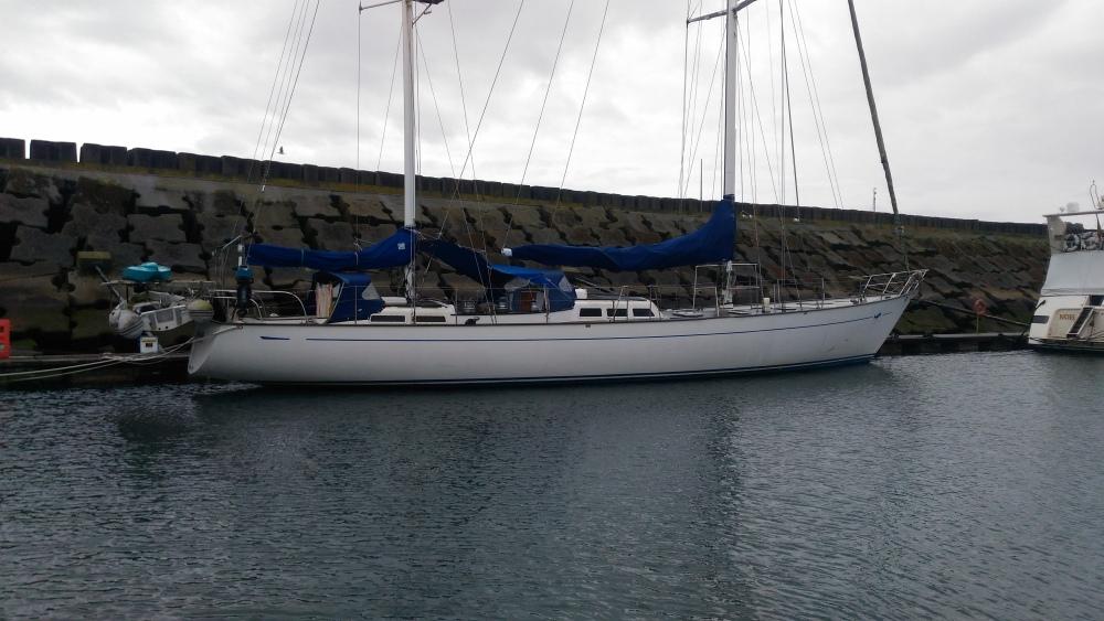 GLORIA OF GRENADA. Chudák loď neopustila tři roky přístav.