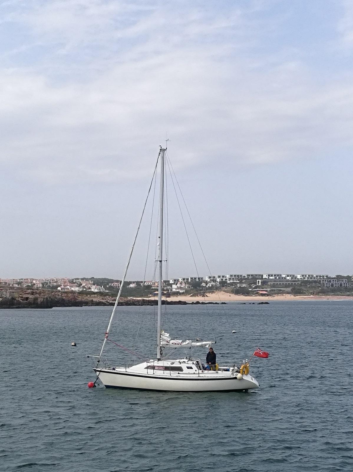 MARKSMAN a jeho kapitán u bójky v přístavu Baleeira.